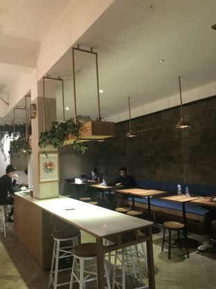 Foto 6 - Interior di Doma Dona Coffee oleh FebTasty  (Feb & Mora)