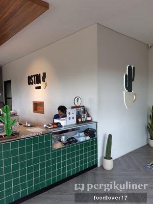 Foto 6 - Interior di Ostin Coffee oleh Sillyoldbear.id