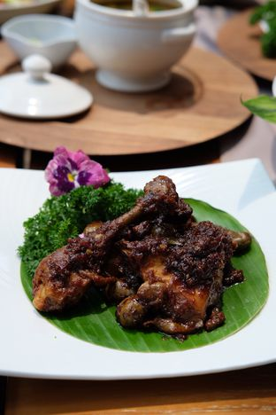 Foto review Bunga Rampai oleh Suyanto Fong 5