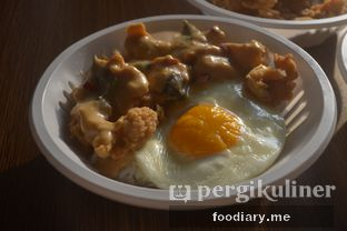 Foto 5 - Makanan di NUYOLK oleh @foodiaryme   Khey & Farhan