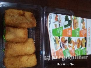 Foto 1 - Makanan di Verina Risoles oleh UrsAndNic