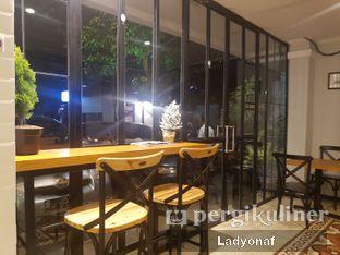 Foto 5 - Interior di Coffee 31 oleh Ladyonaf @placetogoandeat