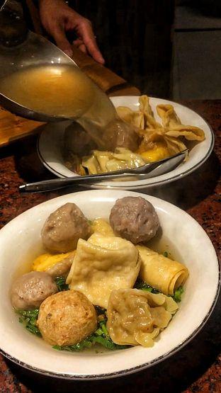 Foto 4 - Makanan di Bakso Enggal Malang oleh Fadhlur Rohman