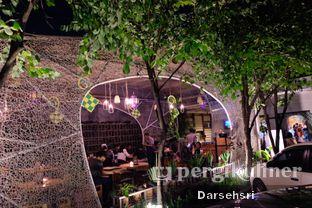 Foto 18 - Interior di Hummingbird Eatery oleh Darsehsri Handayani