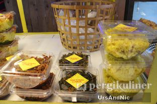 Foto 14 - Makanan di Nasi Kuning Cakalang Oma oleh UrsAndNic