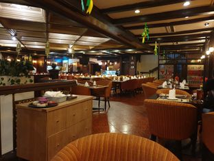Foto 3 - Interior di Gandy Steak House & Bakery oleh Ken @bigtummy_culinary