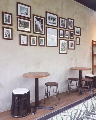 Foto 3 - Interior di Havana Coffee oleh pina