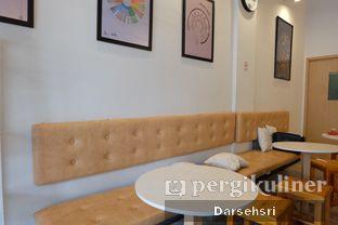 Foto 9 - Interior di DuaTujuLapan Coffee oleh Darsehsri Handayani
