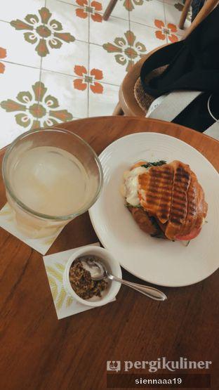 Foto 5 - Makanan di Chicory European Patisserie oleh Sienna Paramitha