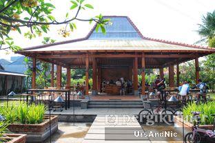 Foto review Sedjuk Bakmi & Kopi by Tulodong 18 oleh UrsAndNic  4