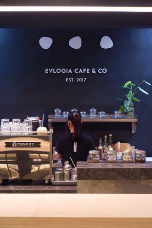 Foto review Evlogia Cafe & Co oleh yudistira ishak abrar 14
