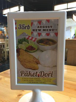Foto 3 - Menu(Paket Makan) di Ayam Goreng Karawaci oleh @Tedsuja