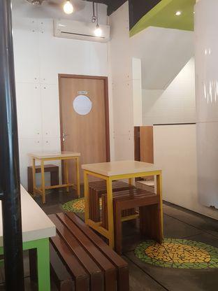 Foto 7 - Interior di Kedai Es Pisang Ijo Pemuda oleh Stallone Tjia (@Stallonation)