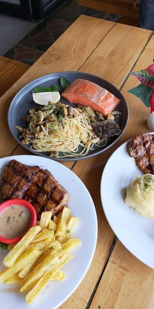 Foto 8 - Makanan di Pepperloin oleh om doyanjajan