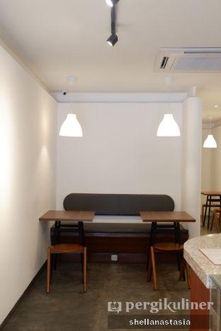 Foto 4 - Interior di Routine Coffee & Eatery oleh Shella Anastasia