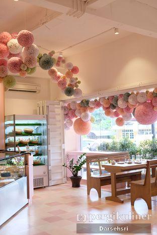 Foto 6 - Interior di Mister & Misses Cakes oleh Darsehsri Handayani