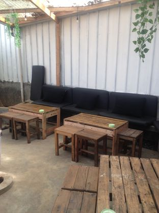 Foto 6 - Interior di Garden Coffee oleh Dianty Dwi