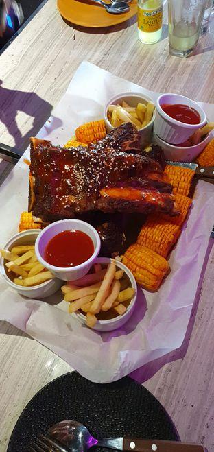 Foto review D'low Meat Gastro oleh Makan2 TV Food & Travel 1
