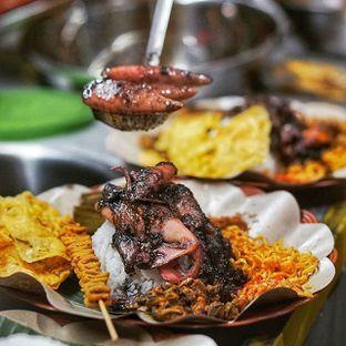 Foto review Nasi Cumi Hitam Madura Pak Kris oleh Dony Jevindo @TheFoodSnap 1