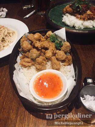 Foto 5 - Makanan(Chicken Popcorn) di The People's Cafe oleh Michelle Juangta