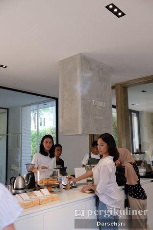 Foto 9 - Interior di Titik Temu Coffee oleh Darsehsri Handayani