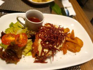 Foto 4 - Makanan(sanitize(image.caption)) di Thee Huis oleh Fika Sutanto