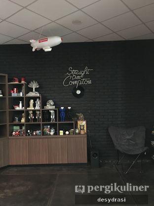 Foto 7 - Interior di Ruckerpark Coffee & Culture oleh Desy Mustika