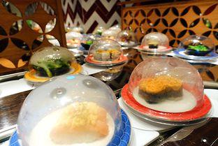 Foto 2 - Makanan di Tom Sushi oleh iminggie