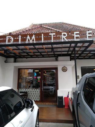 Foto 2 - Eksterior di Dimitree Coffee & Eatery oleh Rachmat Kartono