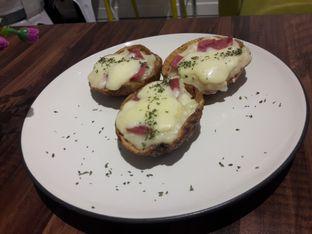 Foto 1 - Makanan di 30 Seconds Coffee House oleh Nisanis