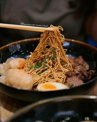 Foto 3 - Makanan(Pork Mala Noodle) di Wan Treasures oleh Huntandtreasure.id