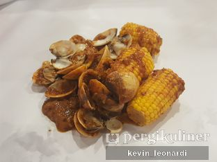 Foto 3 - Makanan di The Holy Crab Shack oleh Kevin Leonardi @makancengli