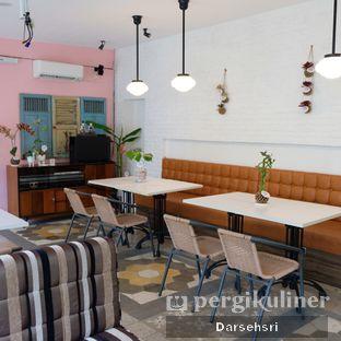 Foto 9 - Interior di Bistik Delaris oleh Darsehsri Handayani