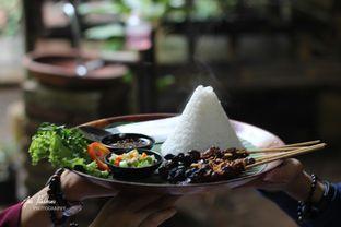 Foto 4 - Interior di Kebon Awi Kaffee oleh Ana Farkhana