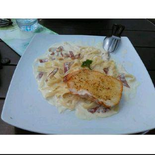 Foto 2 - Makanan(Fettucini Carbonara) di Grand Garden Cafe & Resto oleh Rahmi Febriani