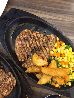 Foto 10 - Makanan di Steak 21 oleh yudistira ishak abrar