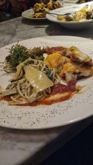 Foto - Makanan di Eighty/Nine Eatery & Spirits oleh R FA