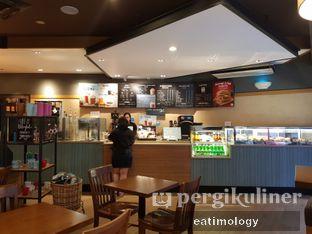 Foto 3 - Interior di Caribou Coffee oleh EATIMOLOGY Rafika & Alfin