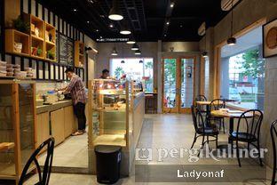 Foto 2 - Interior di Daily Press Coffee oleh Ladyonaf @placetogoandeat