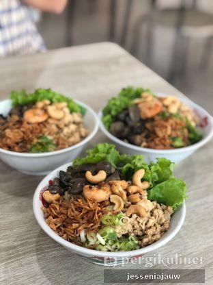 Foto 1 - Makanan di Pangsit Mie & Lemper Ayam 168 oleh Jessenia Jauw