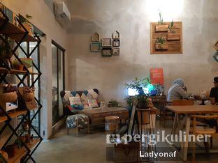 Foto 6 - Interior di Kona Koffie & Eatery oleh Ladyonaf @placetogoandeat