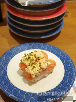 Foto 5 - Makanan(Aburi Salmon) di Tom Sushi oleh JC Wen