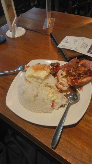 Foto 1 - Makanan(Nasi Ayam Penyet) di Warunk UpNormal oleh Fadhlur Rohman