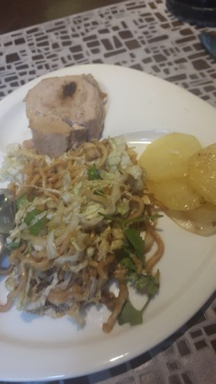 Foto 4 - Makanan di Sana Sini Restaurant - Hotel Pullman Thamrin oleh Sulastri Mulia Putri