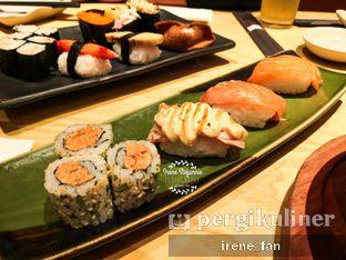 Foto 6 - Makanan(Salmon Kui) di Sushi Tei oleh Irene Stefannie @_irenefanderland