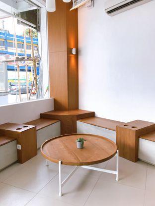 Foto 7 - Interior di Oi Coffee & Eatery oleh yudistira ishak abrar