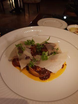 Foto 3 - Makanan di Alto Restaurant & Bar - Four Seasons oleh Nicole Rivkah
