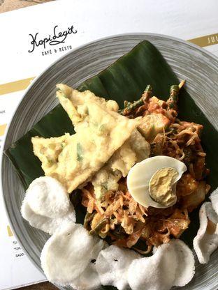 Foto 9 - Makanan di Kopi Legit oleh Prido ZH