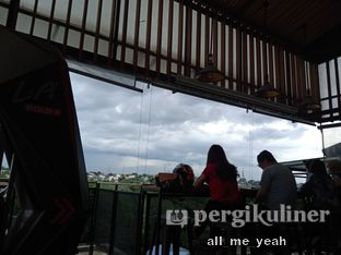 Foto 4 - Interior di Beranda Depok Cafe & Resto oleh Gregorius Bayu Aji Wibisono