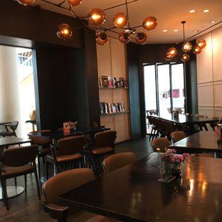Foto 5 - Interior di Eric Kayser Artisan Boulanger oleh Lydia Adisuwignjo
